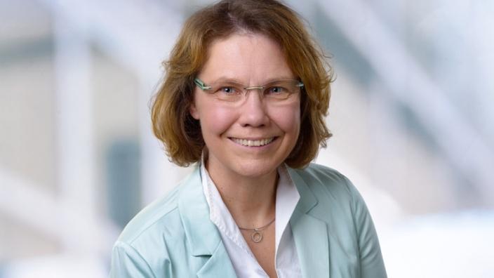 Claudia Siebner